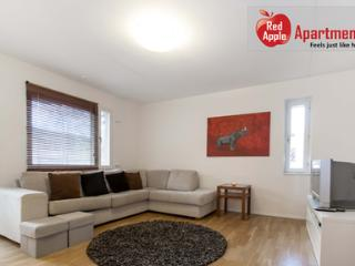 Comfortable Apartment 20 min from the City Center! Close to Metro. - 2415, Estocolmo