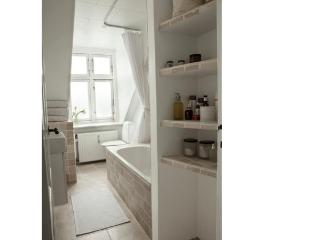 Charming Apartment in the Boheme Area of Vesterbro - 3445