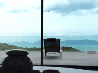 Beautiful Loft Top Hill Amazing view - up to 8 per, Koh Samui