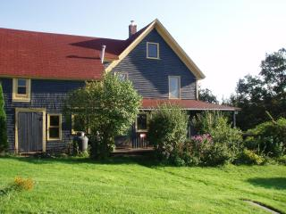 Rural farmhouse rental near the Cabot Trail, Middle River