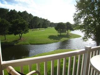 Beautiful Golf Course Condo with Pond Views, Sunset Beach