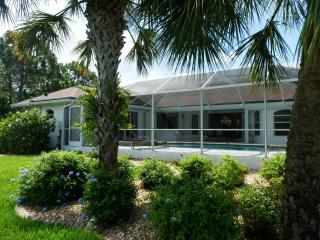 Sand Dollar Villa- Elite!  Pool, Spa, Canal View
