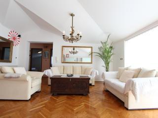 Luxury 2 Bedroom Apt - AMBIENTI, Rovinj