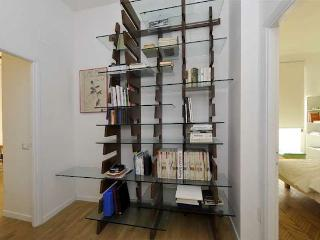 Entrance: Bookcase