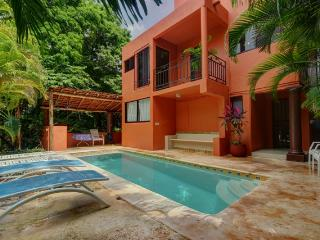 Casa Lasata 3 Bedroom home, private pool, Playa del Carmen