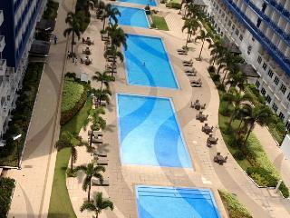 Amenities 6 Pool