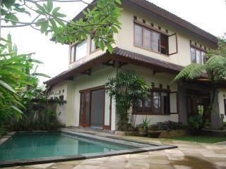 Villa Puja Ubud, with peaceful ricefield views