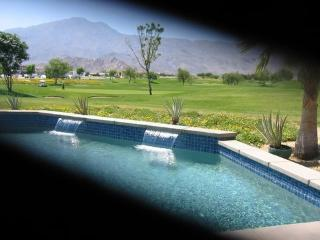 Lovely Former Model home, La Quinta
