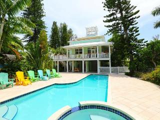 Cherryfish, a spectacular spacious 4-bed home!, Anna Maria