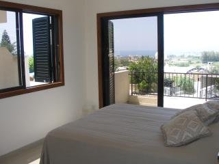Chez Alex Sea View House 5 Mins Walk to the Beach, Chlorakas