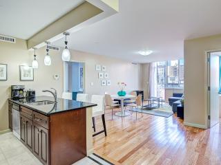 2 Bed/2 BA Manhattan Apt 3 blocks to Central Park