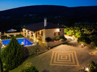 Private Luxury Villa with Pool Close to Nafplion