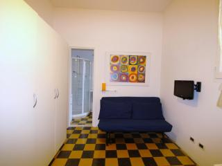 Dormo da Antonia, Bolonia