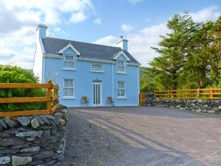 TIG NELL open fires, pet-friendly, near coast in Sneem Ref 27146