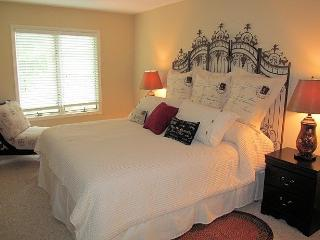 366 LW~Everything in Condo is Brand New, Lago Harmony
