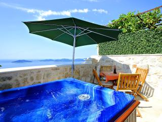 Dalmatian vacation house in Brsecine, Dubrovnik