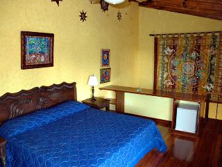 Tierra Magica B&B and Art Studio - King's Room, San José