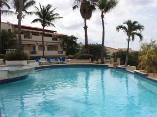Royal Palm Holiday Apartment
