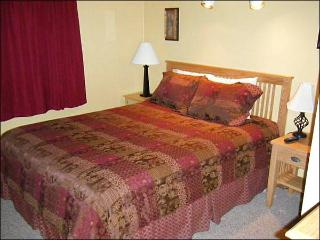 Cozy Accommodations, Great Amenities - Close to Summer Activities, Too (1354), Crested Butte