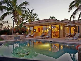 Casa Tortuga - Mexican-style in the exclusive community of Cabo del Sol