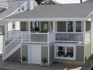 Ventnor Happy Ours Cottage 3Bd/2B- 200 Steps beach, Ventnor City
