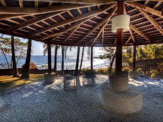 Private Surf  villa with great tropical views, El Zonte
