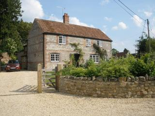 Deverill Valley B&B, Near Longleat Safari Park, Warminster