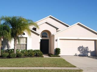 Lakeside Villa will pool/spa minutes from Disney, Clermont
