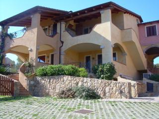 Sardinya Holiday Apartments - Two bedrooms for 6, Golfo Aranci