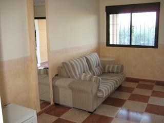 Lovely Spanish Apartment/pool facility (PARMAR)