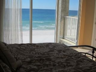 Relaxing 3 Bedroom with Phenomenal Views at Long Beach, Panama City Beach