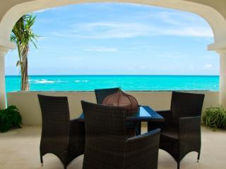 Okol Paraiso A2 - Beach Front, Playa del Carmen