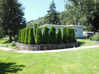 Columbia River Gorge-Hood River Cottage Rental
