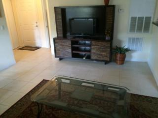 Vacation Condo at Venetian Palms #309