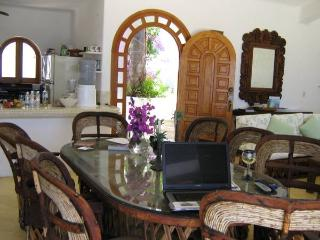 Beach Villa Fabulous Ocean Views!, Colonia Luces en el Mar