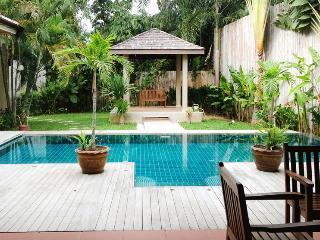 Big 3 Bedrooms Private Pool Villa In Rawai, Phuket