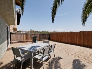 Dunes Hideaway at Mandalay Shores~5 min to Beach!