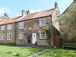 PEELERS COTTAGE, pet-friendly, romantic cottage, character, woodburner, close go