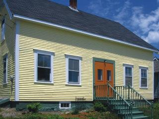 Downtown Lubec - Walk to Beach, Restaurants, Shops