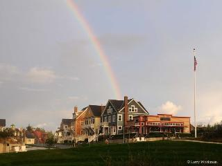 Rainbow`s End with carriage house