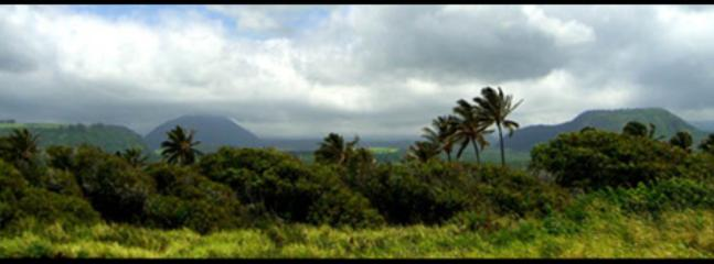 Beautiful Mountains of Ka'u