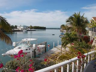 Tropical Pool Homes - 2 Great Keys Homes, 1 Price!, Maratona
