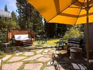 Tahoe Park Cottage, Tahoe City