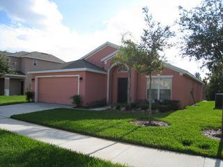 AFFORDABLE LUXARY!! NEAR DISNEY/PRIVATE POOL HOME, Davenport