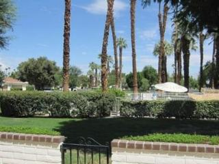 DUR70 - Rancho Las Palmas Country Club - 2 BDRM, 2 BA