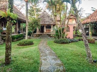 Sumara House Ubud, Unique private compound.