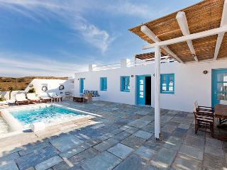 Blue Villas | Skiron | Private Plunge pool, Vourvoulos
