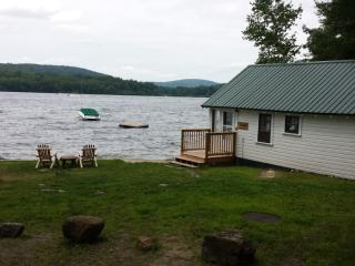#3 Paugus Bay Waterfront Cottage, Cozy & Secluded, Laconia