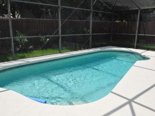 4 Bedroom Private Pool Holiday Home! (WO1225), Clermont