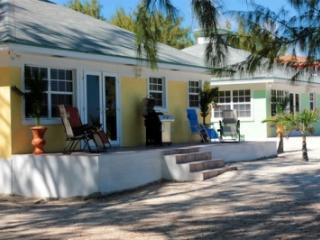 Luxury Beachfront Villas in Sandy Beach, Gran Exuma